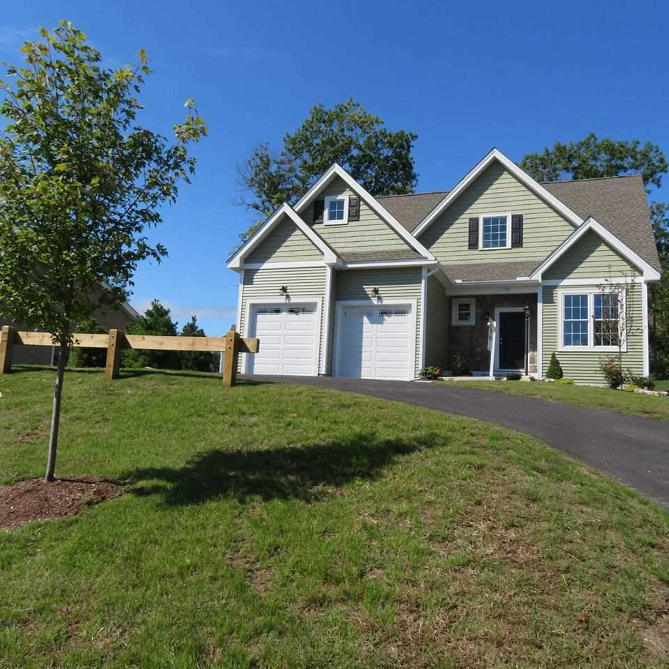 95 Springwood #72, Manchester, NH 03102 now has a new price of $399,900!