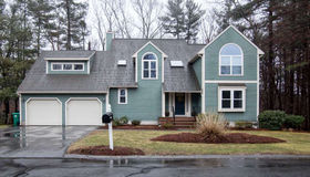 6 Erin Ln., Burlington, MA 01803