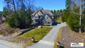 7 Esther Drive, Bedford, NH 03110