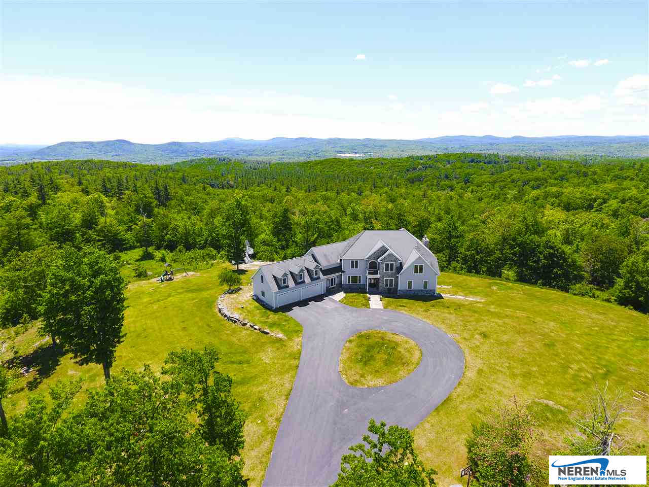 129 North Road, Hillsborough, NH 03244 now has a new price of $1,075,000!