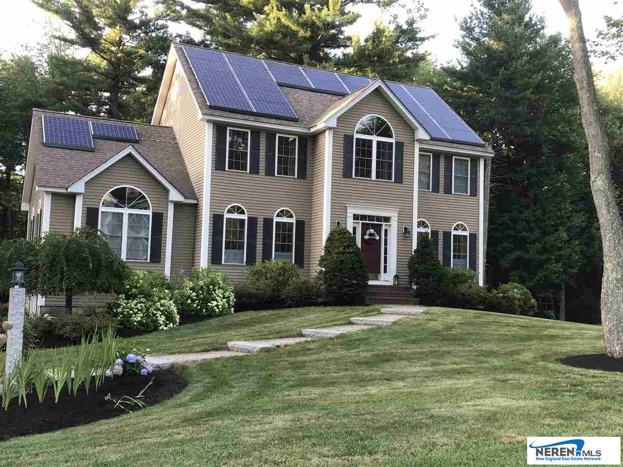 16 Eastgate, Derry, NH 03038 now has a new price of $474,000!