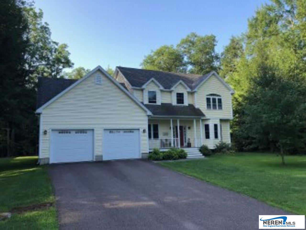 47 Tanglewood Drive, Essex, VT 05452 is now new to the market!