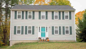15 Dorothy Drive, Epping, NH 03042