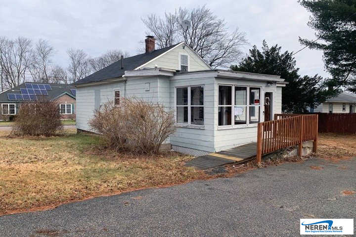128 Sherburne Street, Manchester, NH 03104 is now new to the market!