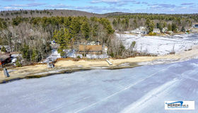 32 Emmert Drive, Hampstead, NH 03841