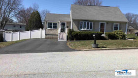 171 Green Acres Drive, Manchester, NH 03109