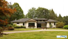 9 Aspen Hill Drive, South Hampton, NH 03827