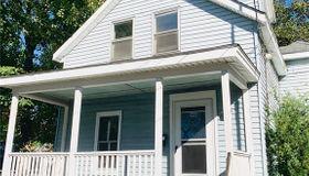 9 Meadow St, Warren, RI 02885