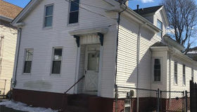 52 Maple St, Providence, RI 02903