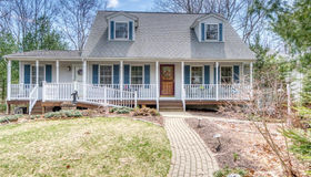 338 Rockland Rd, Scituate, RI 02857