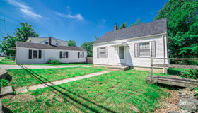 1782 West Main Rd, Middletown, RI 02842
