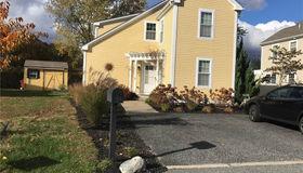11 Walker Farm Lane, Barrington, RI 02806