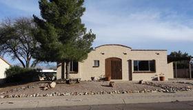 1021 S LA Pera, Green Valley, AZ 85614