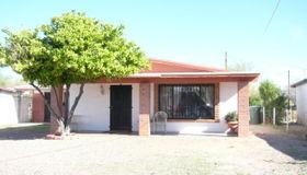 432 W 44th Street, Tucson, AZ 85713