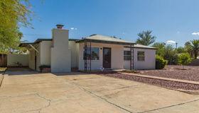 5604 E Julius Stravenue, Tucson, AZ 85712
