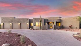 7565 N Mystic Canyon Drive, Tucson, AZ 85718