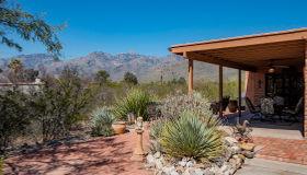 4511 N Meadow Lane, Tucson, AZ 85749
