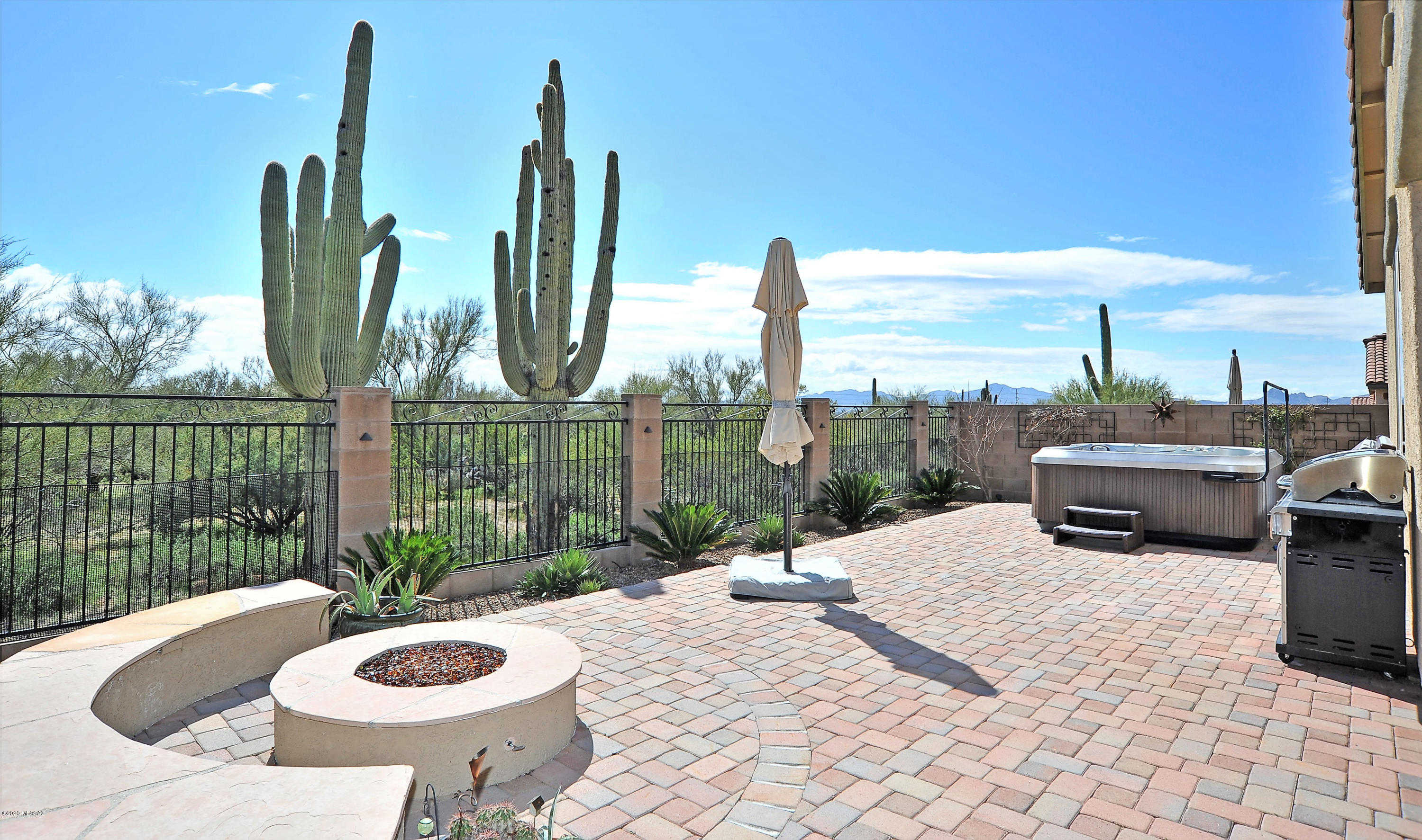 12126 N Golden Mirror Drive, Marana, AZ 85658 is now new to the market!