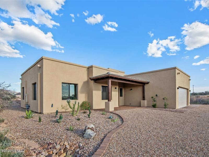 14660 E Circle H Ranch Place, Vail, AZ 85641 is now new to the market!
