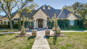 104 Tomahawk Trail, Hill Country Village, TX 78232