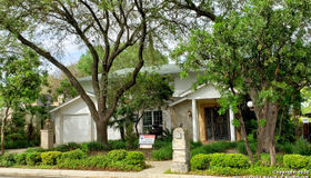 10804 Lands Run St, San Antonio, TX 78230-1700
