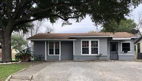 4574 Lark, San Antonio, TX 78228-4713