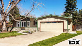 951 South Holland Court, Lakewood, CO 80226