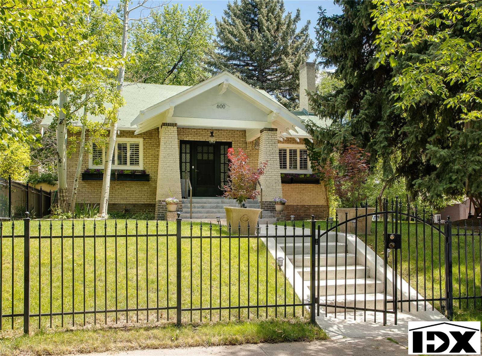 600 Saint Paul Street, Denver, CO 80206 now has a new price of $750,000!