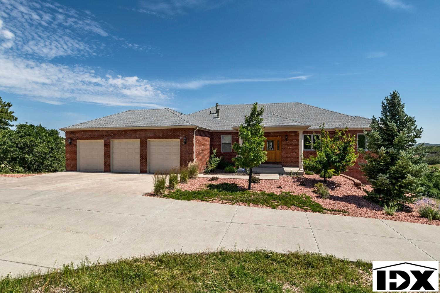 1371 Colt Circle, Castle Rock, CO 80109 is now new to the market!