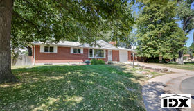 3215 South Elmira Court, Denver, CO 80231