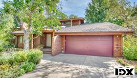 1739 Hawthorn Pl, Boulder, CO 80304