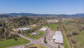 452 East Hill Road, Willits, CA 95490