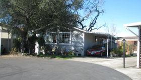 8335 Blue Spruce Way, Windsor, CA 95492