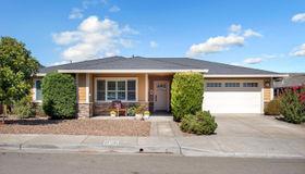 304 Sunrise Drive, Cloverdale, CA 95425
