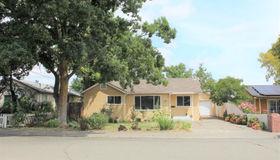 460 D Street, Dixon, CA 95620