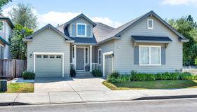 301 Hansbery Way, Santa Rosa, CA 95409