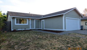 2505 Joseph CT West Court, Santa Rosa, CA 95407