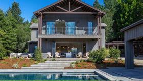 905 Valley View Drive, Healdsburg, CA 95448