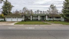 3326 American River Drive, Sacramento, CA 95864