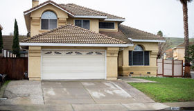 6025 Lakeview Circle, Fairfield, CA 94534