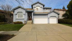 2204 Fox Glen Drive, Fairfield, CA 94534