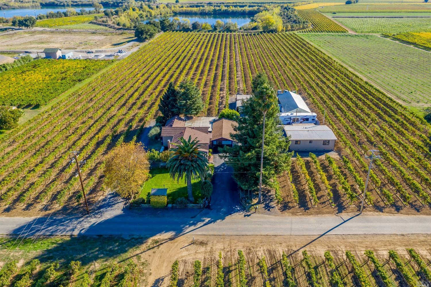396 Foreman Lane, Healdsburg, CA 95448 now has a new price of $2,795,000!
