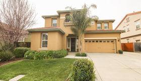 555 Canterbury Circle, Vacaville, CA 95687