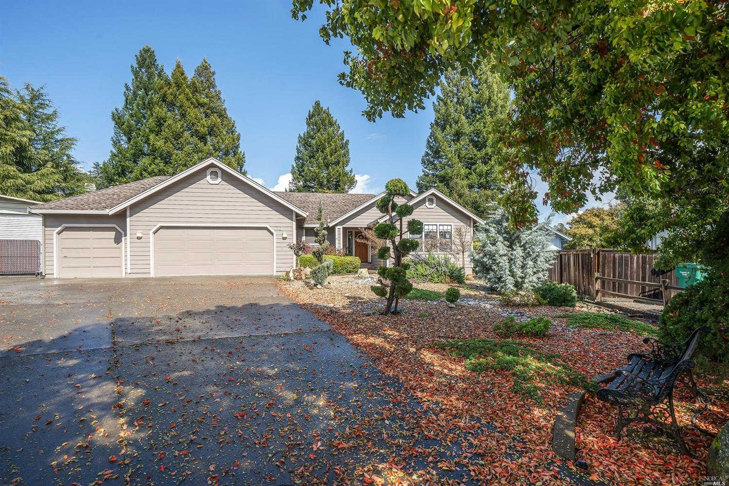 426 Tee Drive, Healdsburg, CA 95448 now has a new price of $1,225,000!