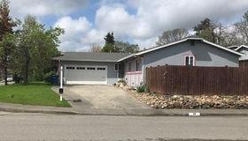 28 Graylawn Avenue, Petaluma, CA 94952