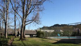 2273 Knolls Drive, Santa Rosa, CA 95405
