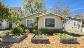 560 Carr Avenue, Santa Rosa, CA 95404