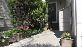 828 Vineyard Place, Petaluma, CA 94954