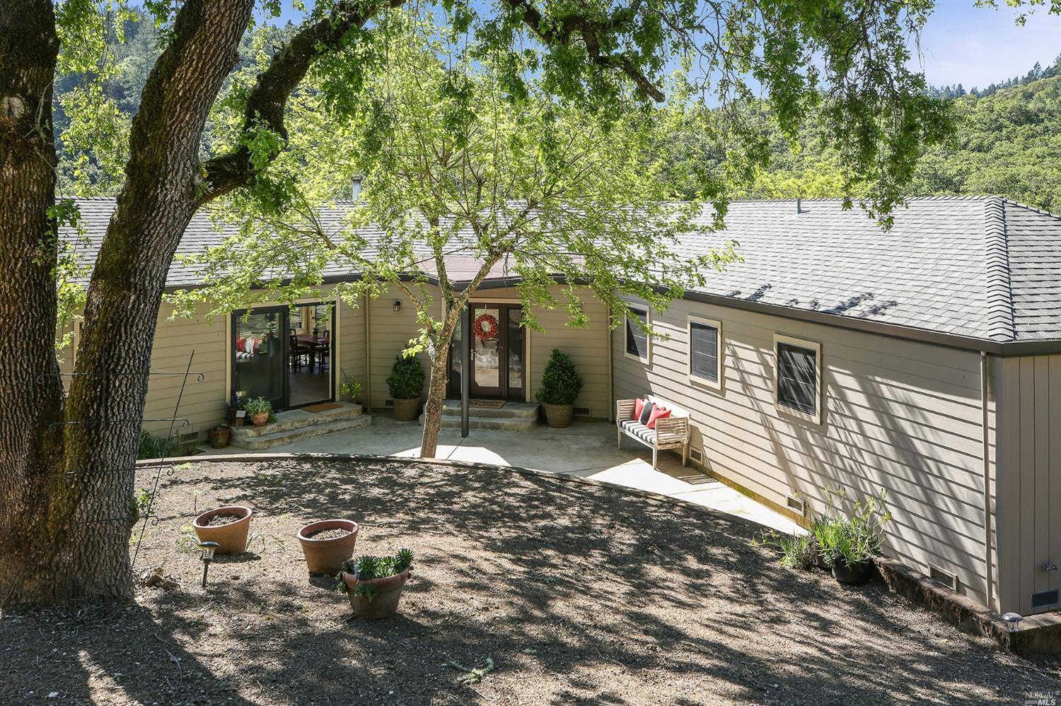 2125 Brack Rd. Road, Healdsburg, CA 95448 is now new to the market!