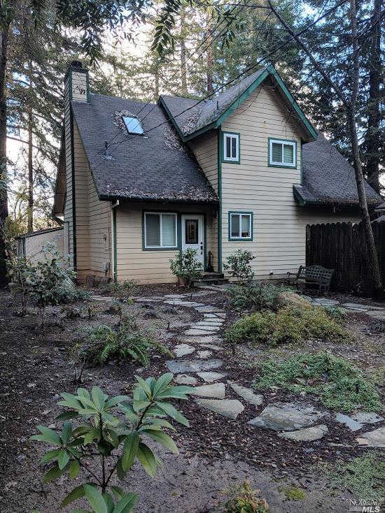 17971 Oak Drive, Los Gatos, CA 95033 now has a new price of $1,075,000!